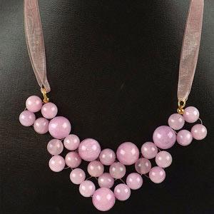 create beaded necklace