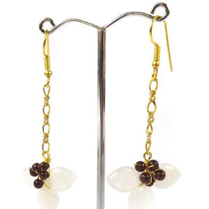 create beaded petal earrings