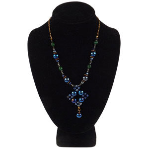 create a blue woven pendant
