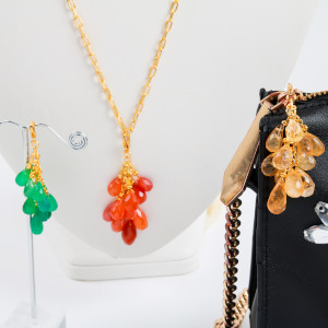 make changeable tassel necklace