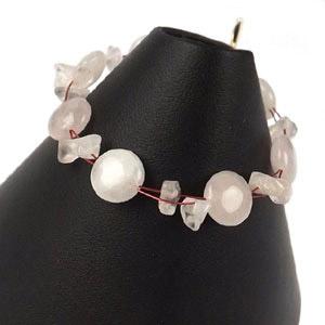 create elegant pink bracelet