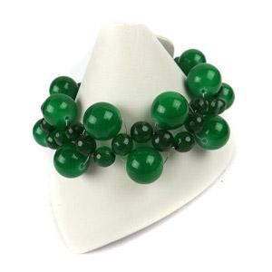 create a green zigzag weave bracelet