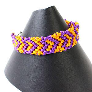 create heart friendship bracelet