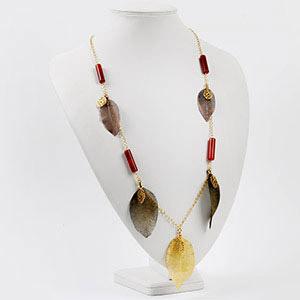 make leaf necklace