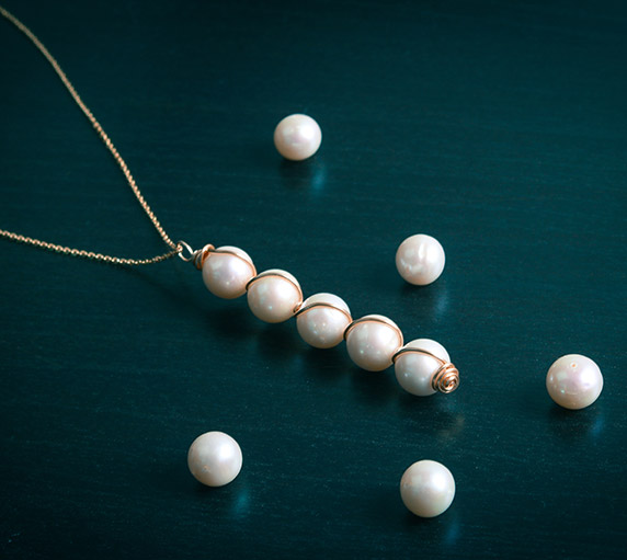Create a pearl drop pendant