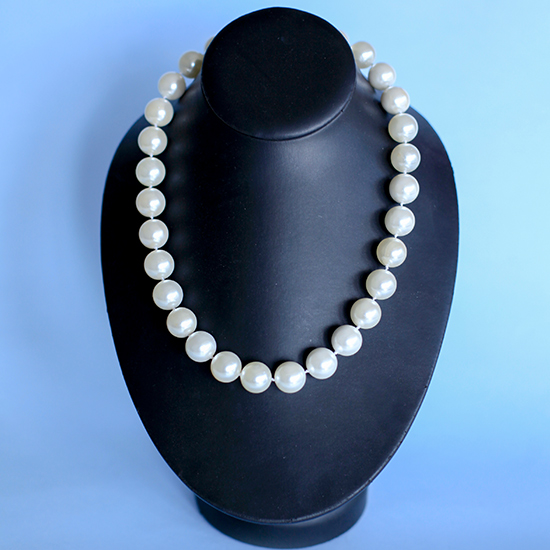 Pearl Knotted Necklace