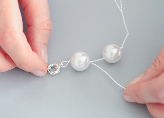 pearl knotted necklace tutorial step 2