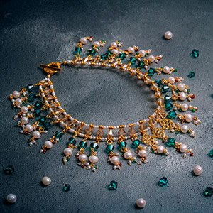 make regal necklace