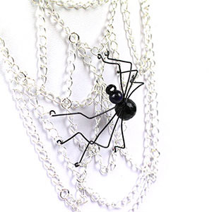 create a spiders web necklace