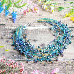 make summer ball necklace