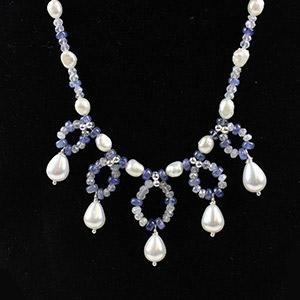 create a tanzanite necklace