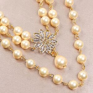create vintage necklace