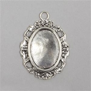 Rue Romantique Silver Plate Oval Detailed Pendant Approx 64x45mm