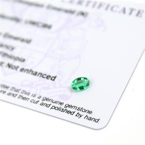 0.3cts Ethiopian Emerald 6x4mm Oval  (N)